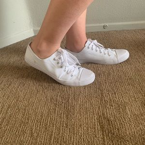 ⭐️2 pairs of white shoes